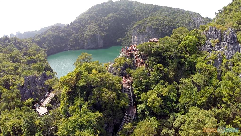 Национальный Морской Парк Ангтхонг | Mu Ko Ang Thong National Park | Вид с высоты на лестницу и смотровую площадку